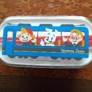 弁当箱 ②