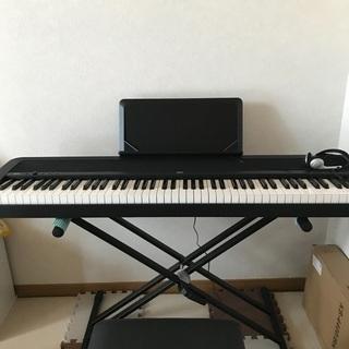 【ネット決済】【KORGデジタルピアノ♪ほぼ新品】