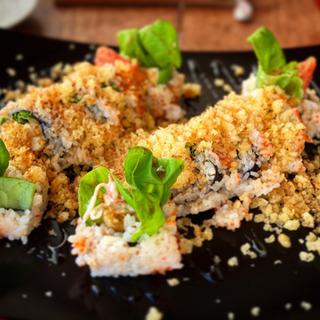料理、寿司、フュージョン寿司体験レッスン!日本にない美味しいレシ...