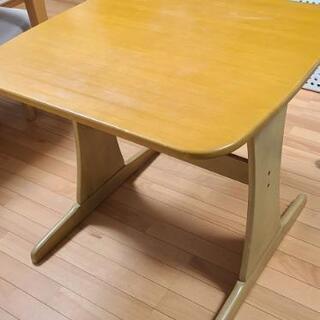 ニトリ ダイニングテーブル 2人用