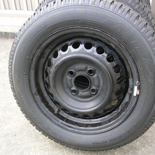 スタッドレスタイヤ 175 65 r14  toyo ガリッド G4 の画像