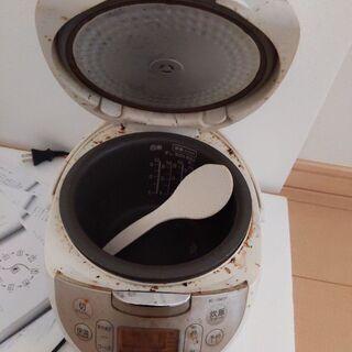 中古炊飯器