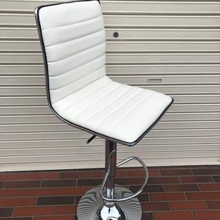 美品■ニトリ カウンターチェア レザー ホワイト 上下調整可能 イス 椅子の画像