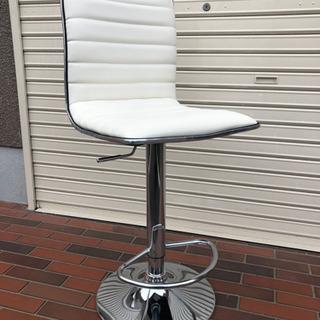 美品■ニトリ カウンターチェア レザー ホワイト 上下調整可能 イス 椅子 − 大阪府
