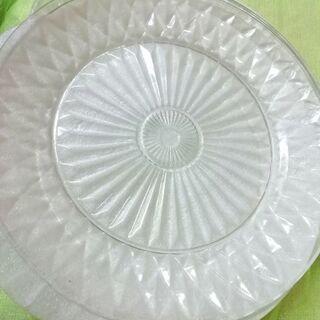 ガラスのお皿 フランス製