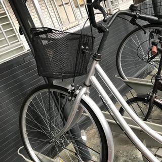 シルバーの自転車です - 自転車