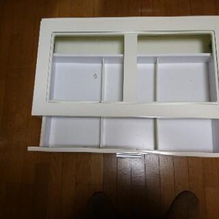 コレクションテーブル(無料) - 家具