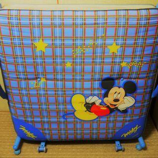 折り畳みベッド シングルサイズ ミッキーマウス!
