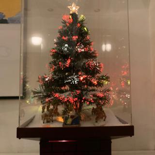 売ります クリスマスツリー 音楽に合わせソリが巡ります