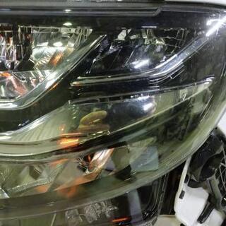 LA650S タントカスタム 左ヘッドライト - 車のパーツ