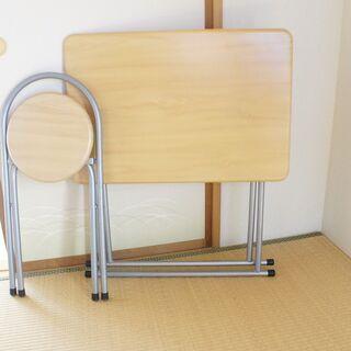 折り畳みテーブル・イス セットで