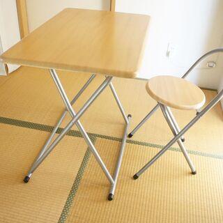 折り畳みテーブル・イス セットで - 豊川市