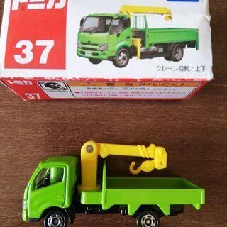 トミカ 日野デュトロ クレーン付きトラック
