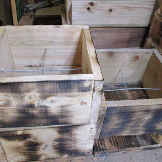 日本蜜蜂巣箱*頑丈型・ 4段式... 3段+(1段 スムシ、害虫...