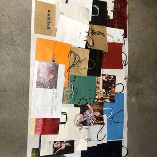 不織布エコバック5枚 & 使用済の紙袋40枚(中~大サイズ…
