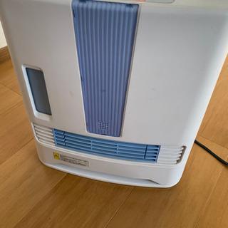 加湿機能付きセラミックファンヒーター