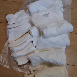 新生児肌着10枚とガーゼ