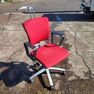 イナバ インフィニア ハンガー付き肘置き付事務椅子『美品中…