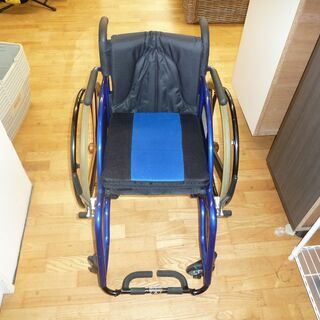 スポーツ車椅子☆カドクラ☆青☆座面サイズ幅355㎜×奥行き…