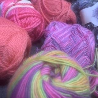 【お取引先確定】毛糸と端切れ。アメリカンキルト ハンドメイドにどうぞ。の画像