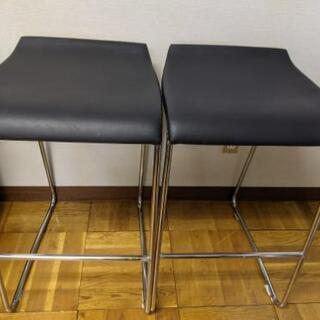 カウンター用椅子2脚