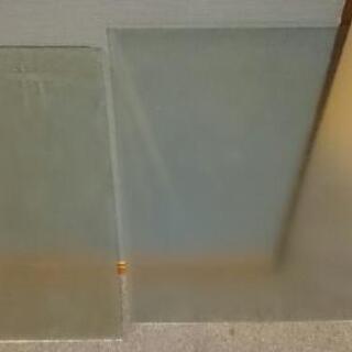 ドアガラス 二枚