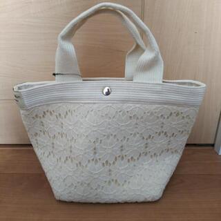 【値下げ💴⤵️】花柄ハンドバッグ