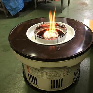 丸型ゴトク付き調理も出来る灯油ストーブ