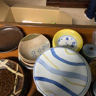 1/6日12時まで!お皿など。たくさん - 佐賀市