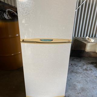 小型冷蔵庫 2ドア
