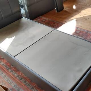 ビニールレザー張り シングルベッドフレーム 差し上げます。