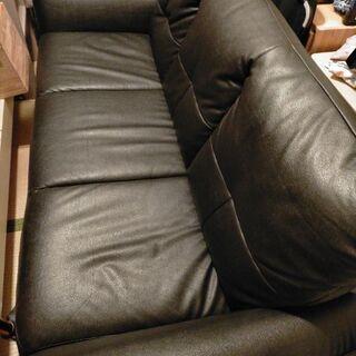 【ネット決済】お取引成立 ニトリ 黒のソファー