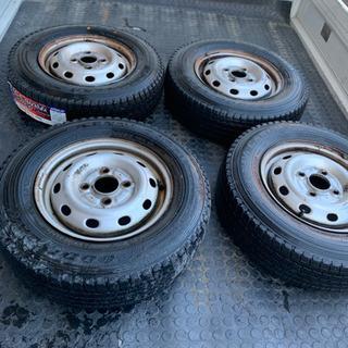 軽トラ軽箱バンスタッドレスタイヤ、サンバーに使用しました