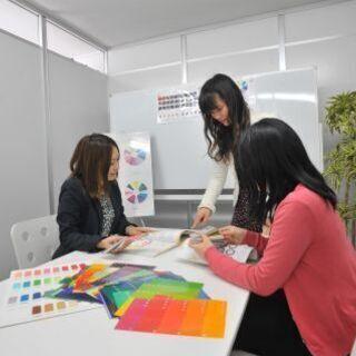 カラーの資格を取得してスキルアップ!色彩検定試験対策講座
