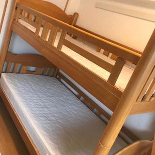 二段ベッドの画像