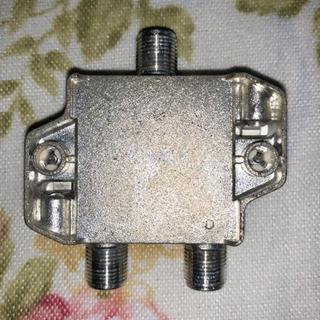 地デジ対応2分配器(2DAL1)