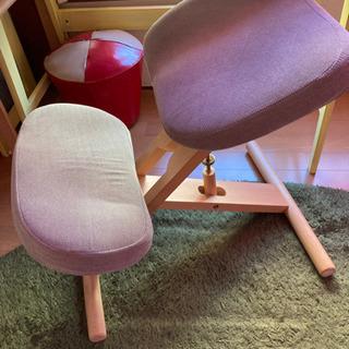 【ネット決済】姿勢矯正用の椅子(在宅勤務に適しています)