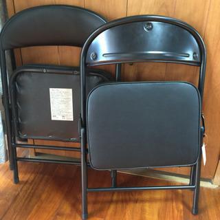 交渉中です ♫ 折り畳み椅子 2脚 新品同様 ♫