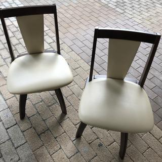 ニトリ 折りたたみダイニングテーブル 椅子セット