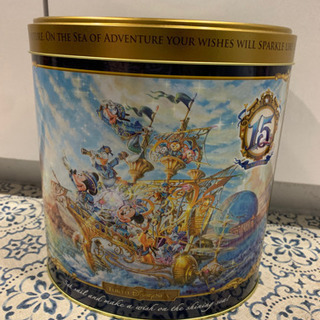 ディズニーシー15周年のお菓子缶