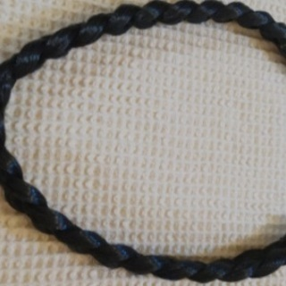 黒髪用三つ編みカチューシャ、ウイッグ、茶髪付け髪セットで無料❗️