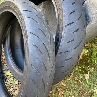 バイクタイヤ カワサキZX25R純正タイヤ前後2本セット