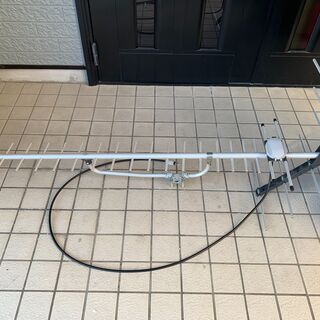 アンテナ&同軸ケーブル約50m、分配機、ブースター