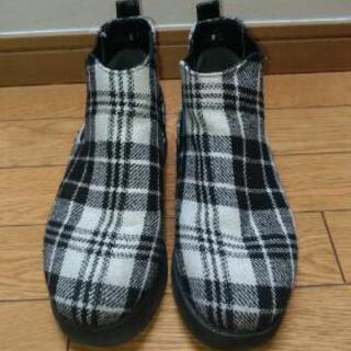 NUOVO厚底ブーツ  24cm