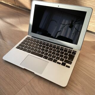 【Apple】MacBookAir 11インチ・希少美品