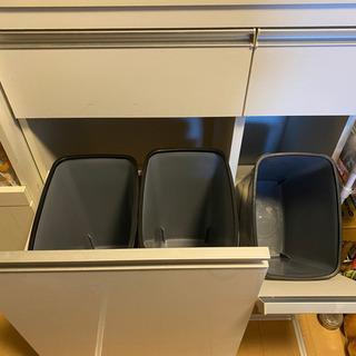【1/15.16.17引き取り限定】レンジ棚 家電棚 ゴミ…