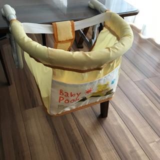 カトージ プーさんのテーブルチェア ベビー