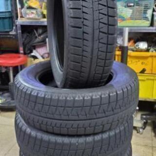 タイヤは無料で交換工賃のみのスタッドレス♪205/60R16ブリ...