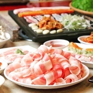 14年間サムギョプサルを中心とやってます!野菜を食べる焼肉!