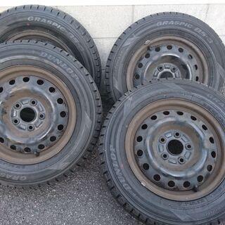 205/65R15 スタッドレスタイヤ 5穴 pcd114.3 ...